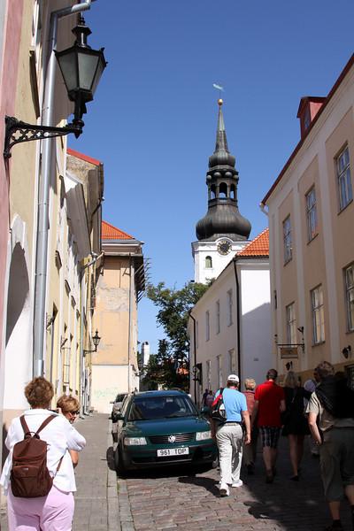 Toompea - Toom Kooli street between Alexandr Nevsky Cathederal and Toomkirik.