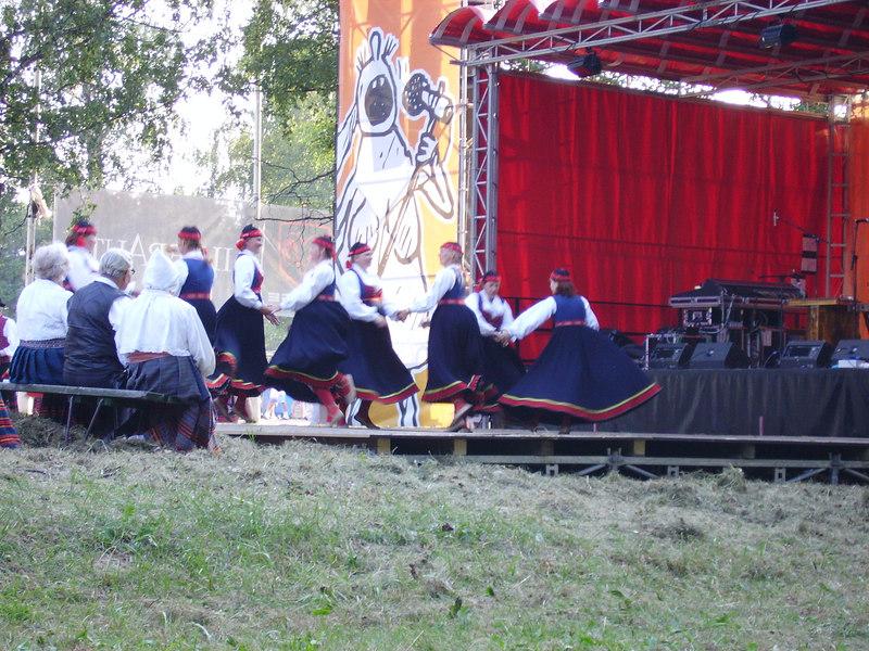 Folk dancing at Tallinn Beer Festival