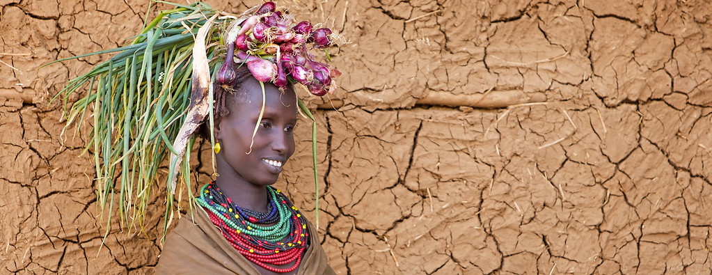 Headdress in Omorate (Omo Valley, Ethiopia)