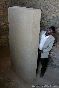 06 Axum Ezana's steen