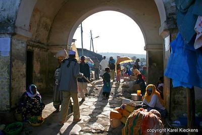 15  Shoa Gate
