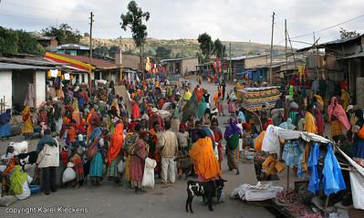 03  Oromomarkt in Ahmar gebergte