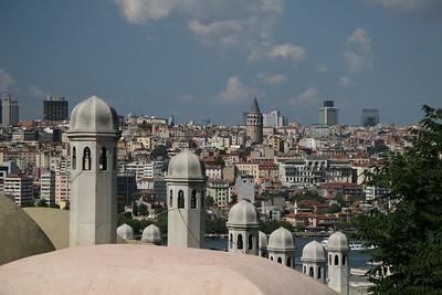 Descending into Istanbul, Turkey