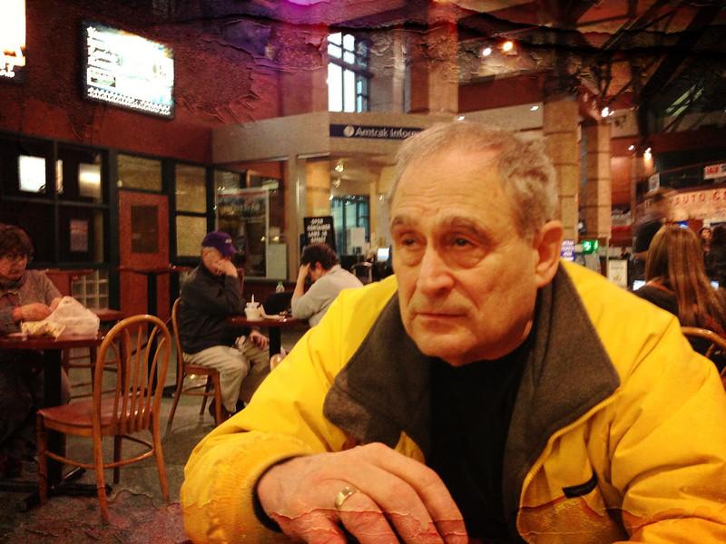 Jerry, Albany train station