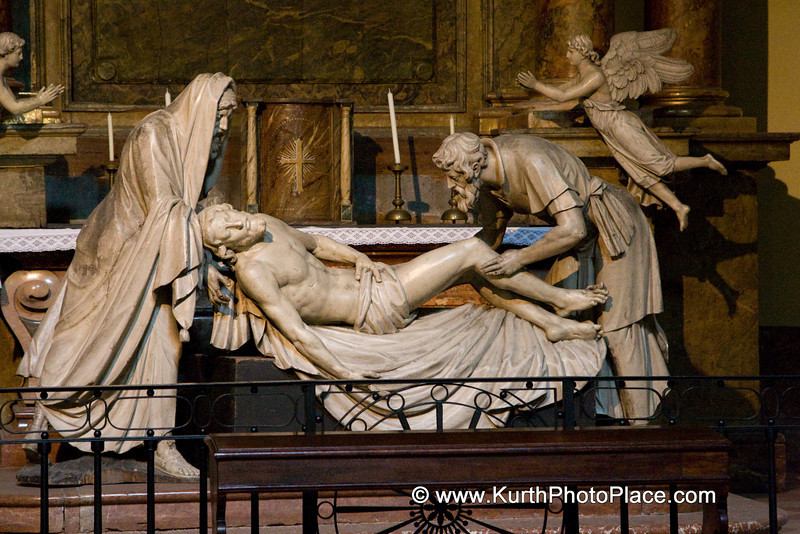 Marble statue of the Deposition of Christ