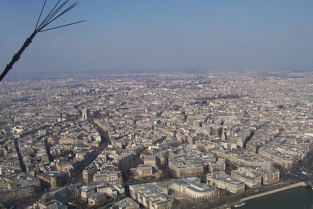 Looking northward, the Arc de Triumph is center left.