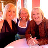 Me, Berti and Gisela just after ordering our cocktails.