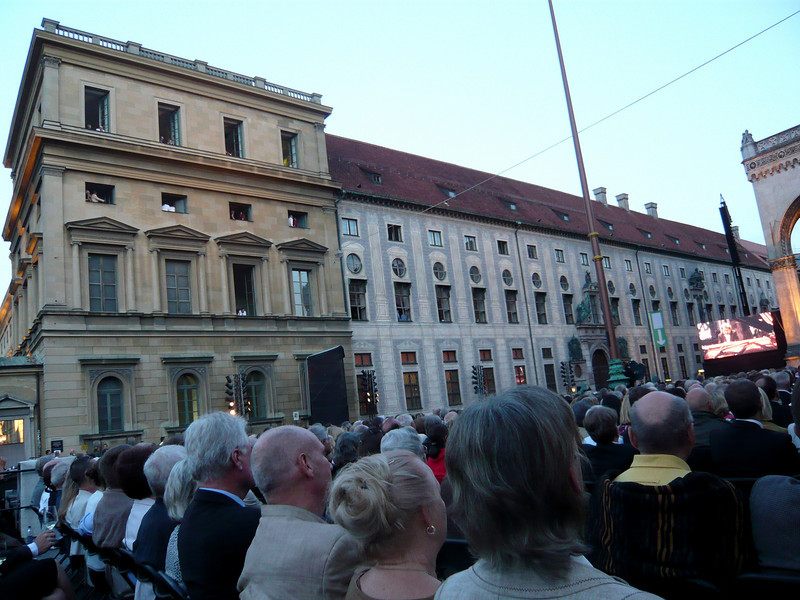 And across from the church is the Residenz, the former royal residence of the Bavarian Dukes, Electors and Kings.