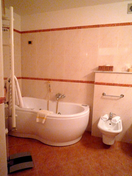 The bath had a jacuzzi tub and Bvlgari bath products.