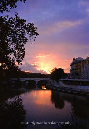 Sunset over the Tiber