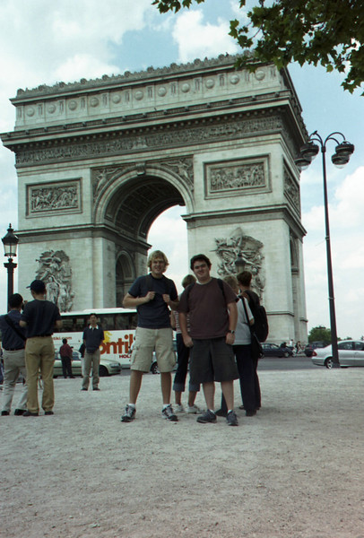 L'Arc de Triomphe, Paris.