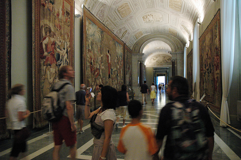 Hall of Tapestries.