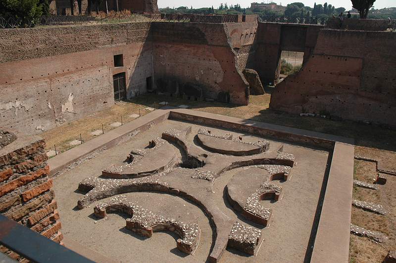 Palatine Hill courtyard.  Hard to imagine how it must have looked with marble everywhere!