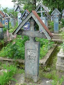 Older style grave marker in Merry Cemetery in Sapanta