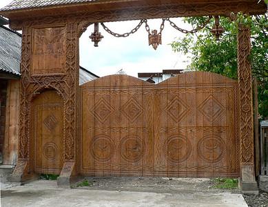 Modern gateway in Maramures
