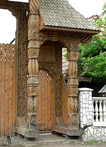 Detail of gateway