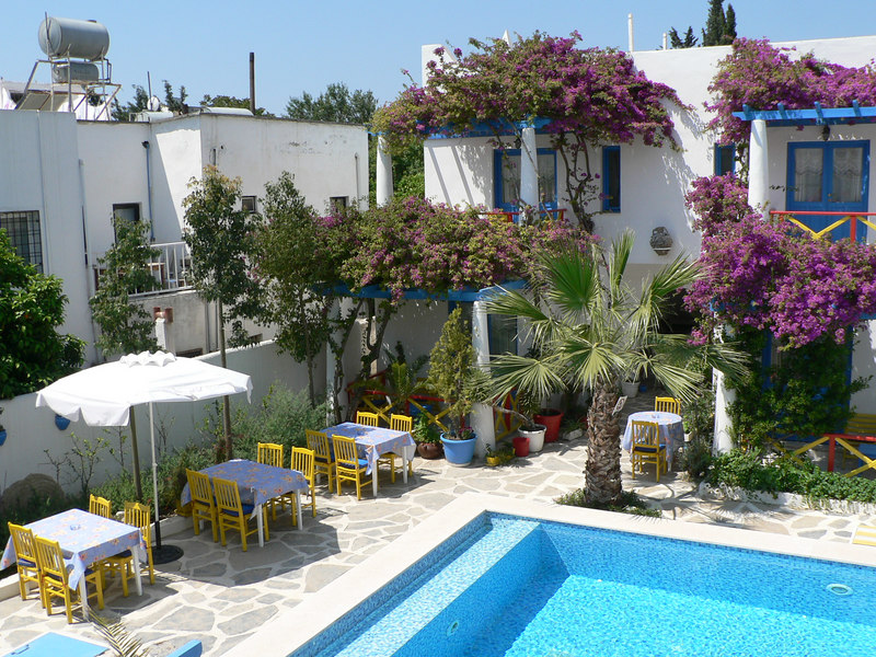 The courtyard of the Su Hotel in Bodrum, a haven of quiet