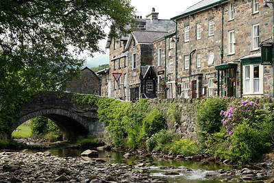 "Wonderful town of Beddgelert (pronounced ""beth-gell-airt"")"