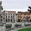 """Prato della Valle  <a href=""""http://en.wikipedia.org/wiki/Prato_della_Valle"""" target=""""_blank"""">Wikipedia - Prato della Valle</a>"""