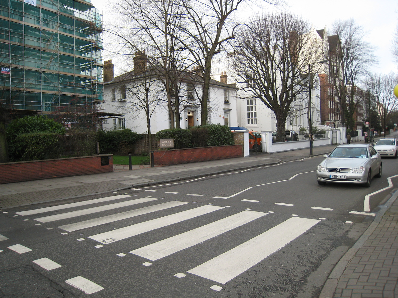 The most famous crosswalk in the world (Abbey Road)
