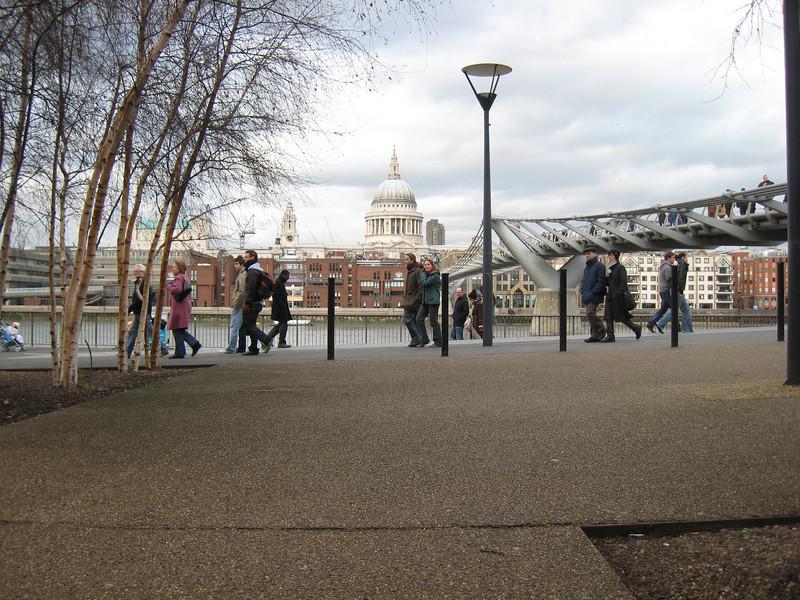 The millenium bridge from the Tate Modern