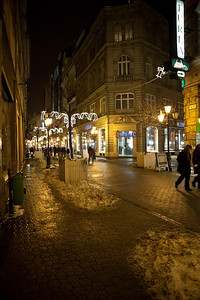 12/22 - First Night Out - The street behind the hotel