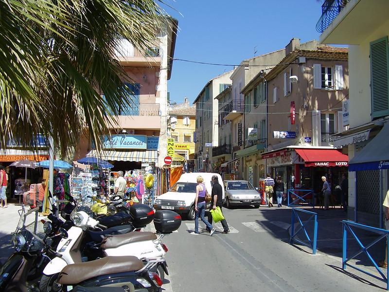 Bandol street scene.