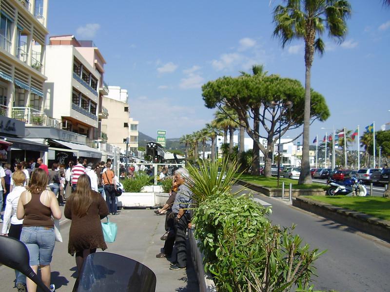 Street scene in Bandol.