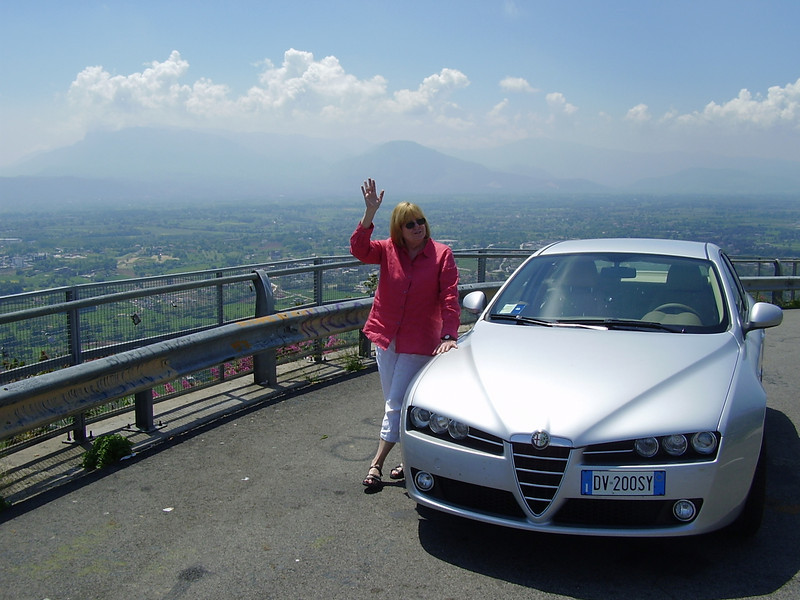 Jackie and our Alfa Romeo 159 on the road to Monte Cassino.