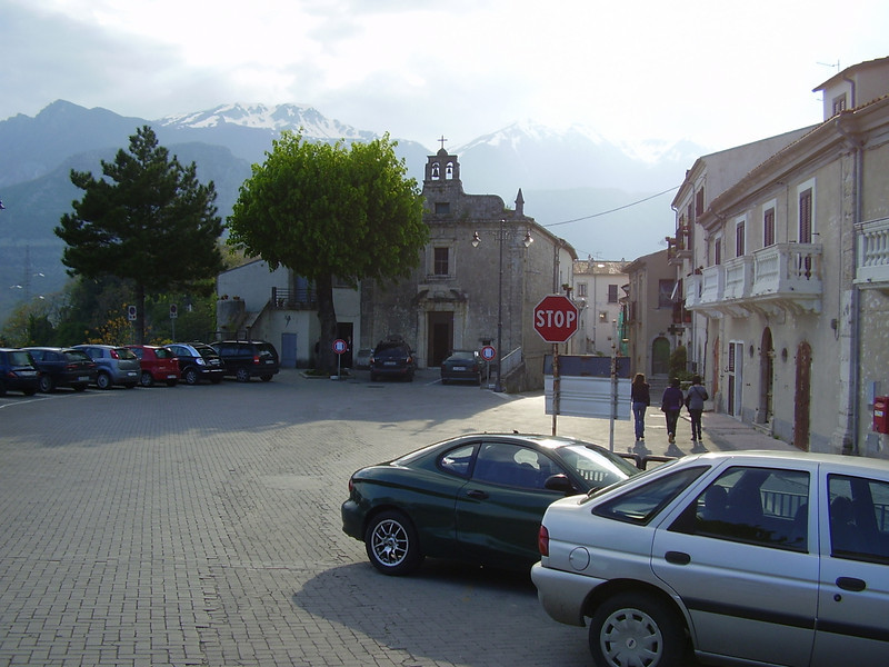 The main piazza in Castel San Vincenzo.