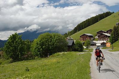 Climbing to the Col de Saisies