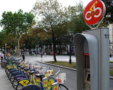 Rental bikes, 1st hour free.  Vienna, Austria