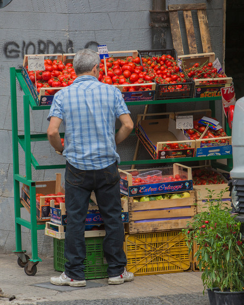 Storekeeper in Messina...  He later gave us one of his tomatoes!