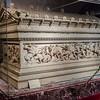 "<a href=""http://www.istanbularkeoloji.gov.tr/web/27-106-1-1/muze_-_en/collections/archaeological_museum_artifacts/alexander_sarcophagus"" target=""_blank"">Alexander Sarcophagus</a>"