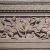 "<a href=""http://www.istanbularkeoloji.gov.tr/web/27-106-1-1/muze_-_en/collections/archaeological_museum_artifacts/alexander_sarcophagus"" target=""_blank"">Alexander Sarcophagus</a>"