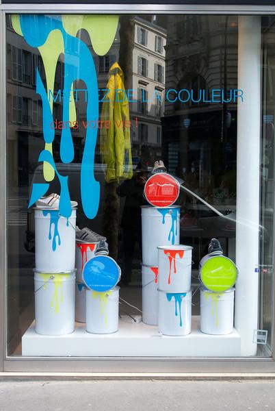 Paris. Paint shop