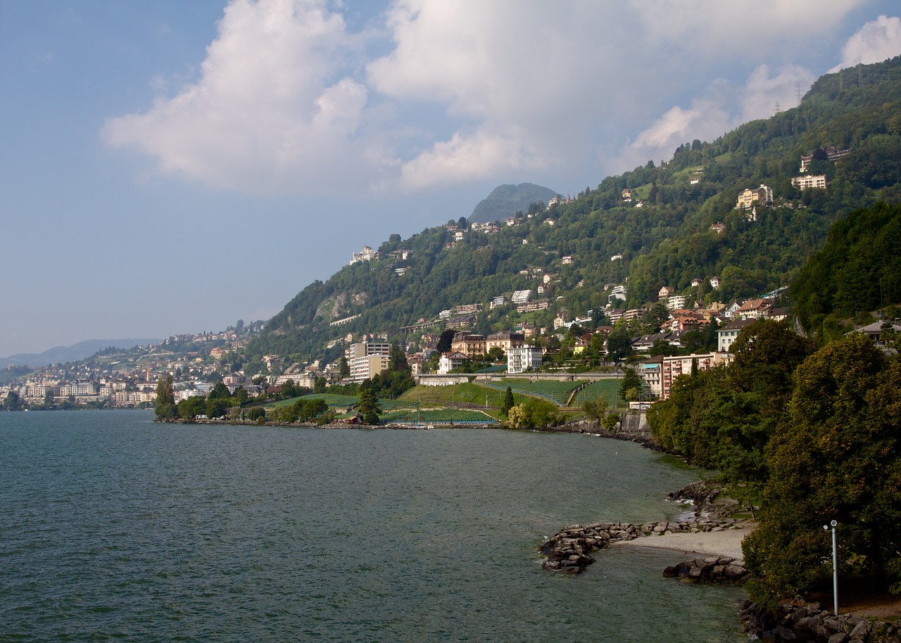 looking west on Lake Geneva towards Vevey