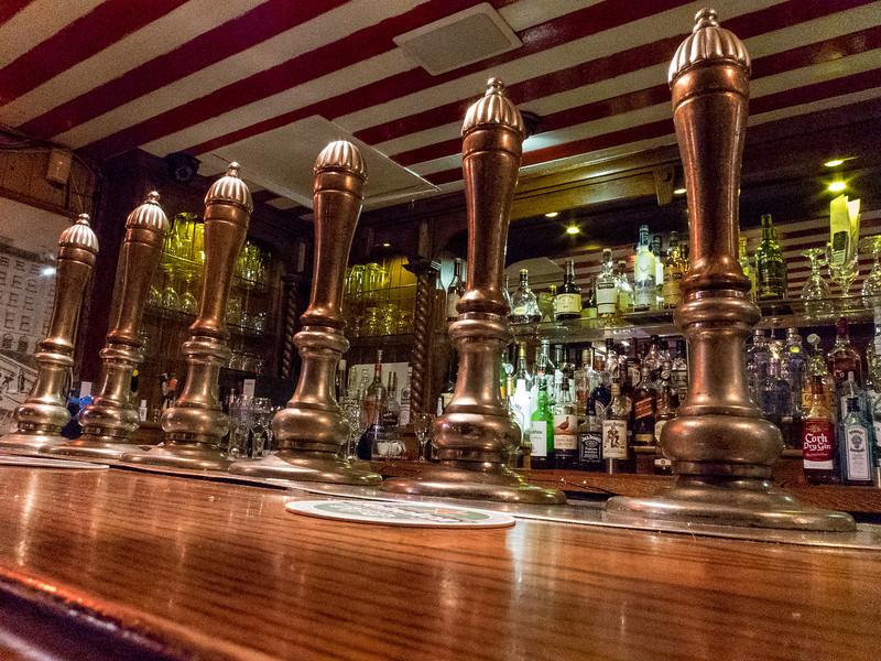 Doheny & Nesbitt Pub
