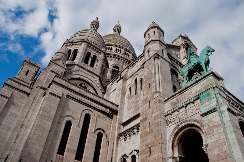 Before heading the the Eiffel Tower we visited Sacre-Coeur. It took a climb of over 200 stairs to get to the top of the hill that it sits on.