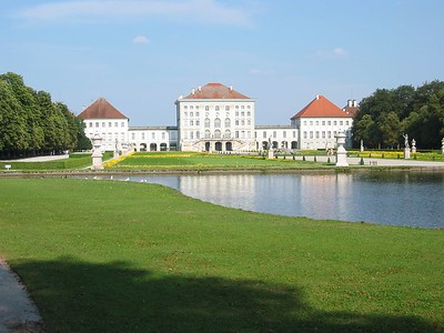The extensive gardens behind Nyphemburger Palace