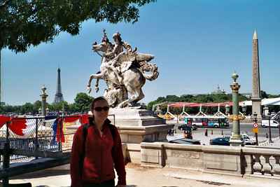 Place de la Concorde, with Eiffel tower in background.