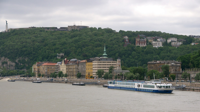The River Duchess in port. The ship always docks facing the current.