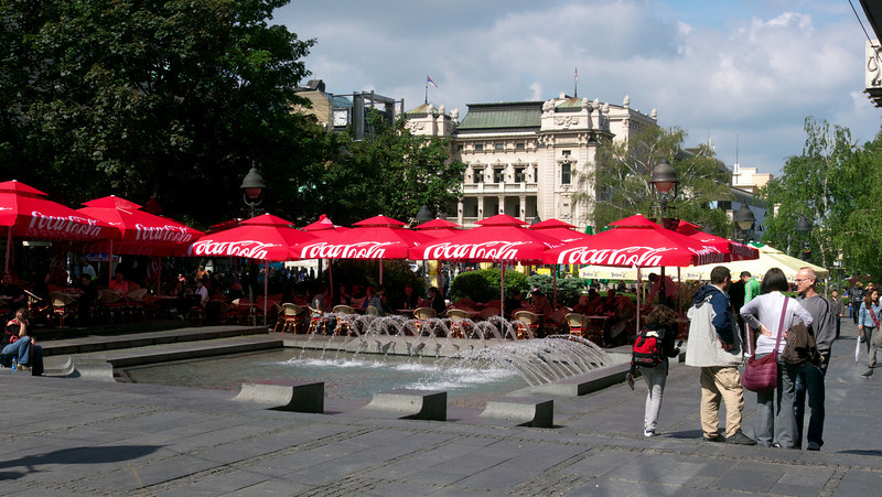 A small cafe near Republic square. The National Theatre in the background.