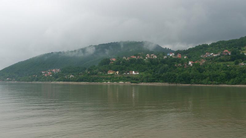 We set sail at 10:00 and leave Donji Milanovac.