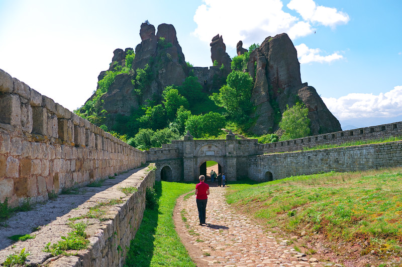 Entering the second gate into the fortress. The fortress consists of three separate fortified yards connected through gates.