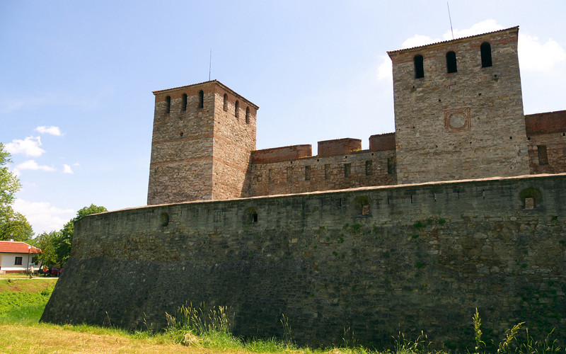Baba Vida consists of two fundamental walls and four towers and is the best preserved medieval castle in Bulgaria.