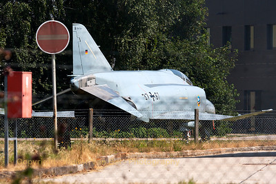 This F-4F Phantom II (37+61, cn4497) from JG74 is used as an instruction frame, at Neuburg Air Base (photo shot through the fence).