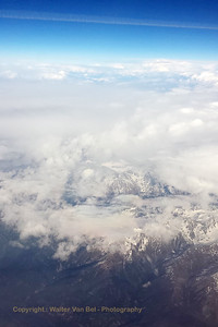 "Ryanair flight ""FR 6107"" - over the Alps - from Charleroi - Brussels South (Gosselies) (CRL / EBCI) to Rome - Ciampino (CIA / LIRA). [shot with Samsung S4]"