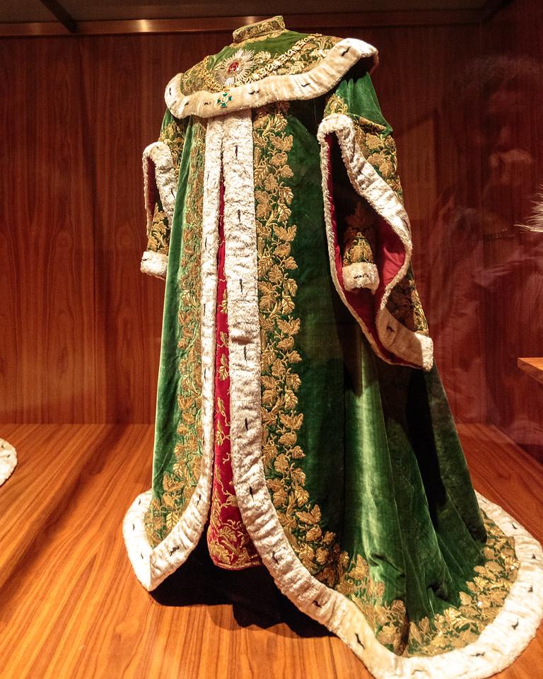 Coronation Cloak, Imperial Treasury