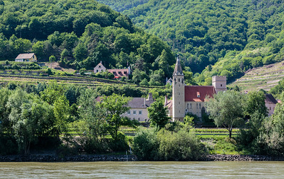 Spitz to Melk along the Danube
